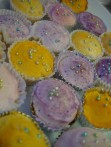 cupcakes-with-shiny-decorations_w544_h725